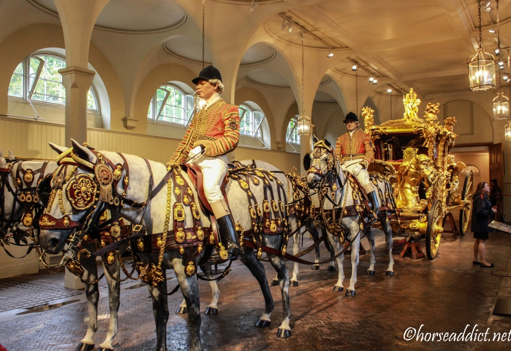 royalmews-2604
